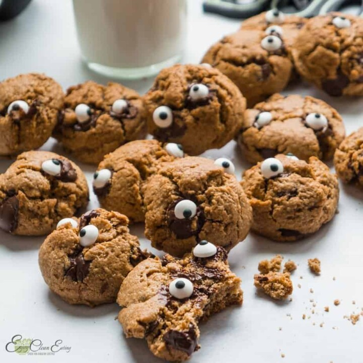 HEALTHY OATMEAL MONSTER HEAD COOKIES