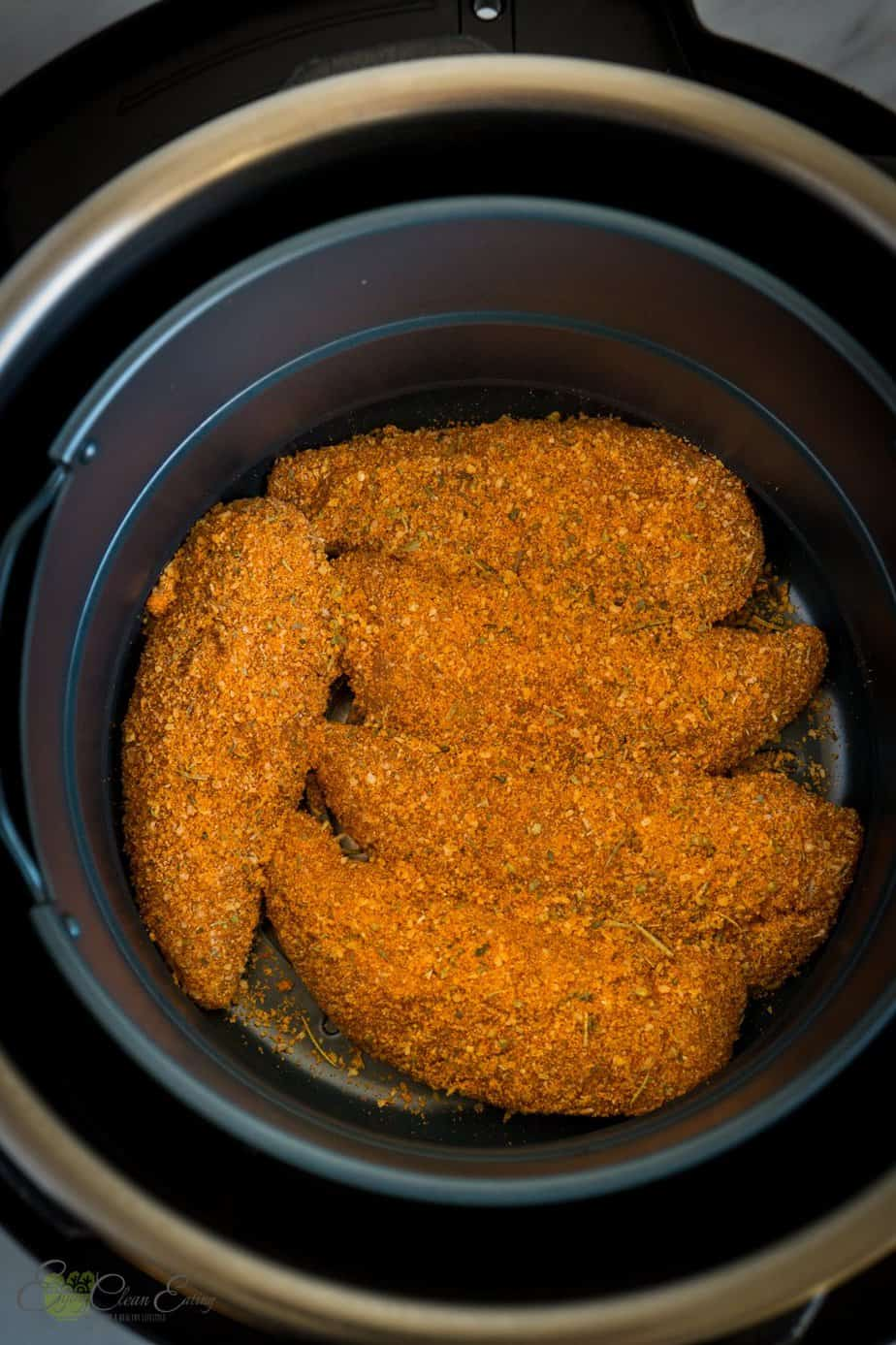inside instant pot air fryer lid