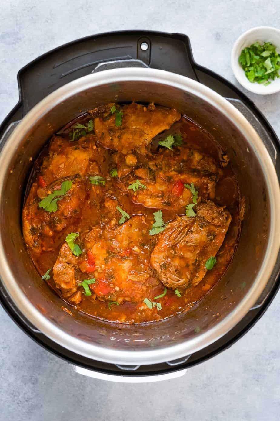 Turkey thigh stew in the pressure cooker