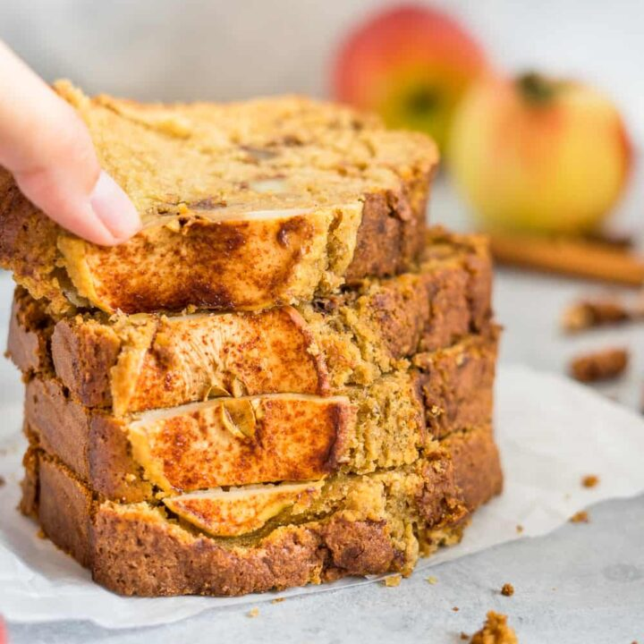 How To Make The Best Apple Cinnamon Bread