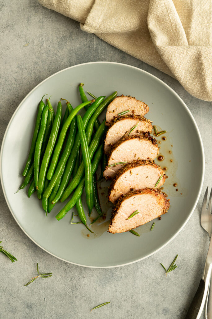 Green beans as a side dish to serve along with tenderloin.